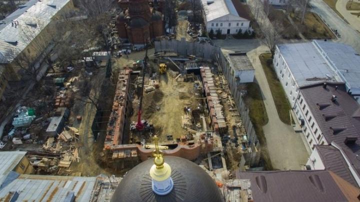 Викарий Екатеринбургской епархии назвал снос Успенской церкви реставрацией