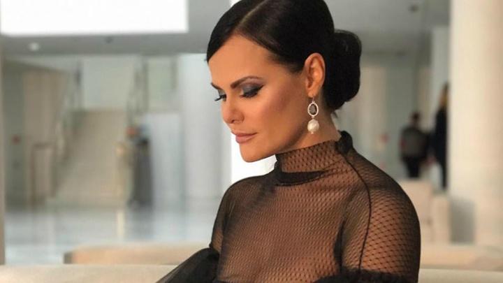 «От стыда хотела закрыться ото всех»: ярославская телеведущая рассказала, как пережить развод