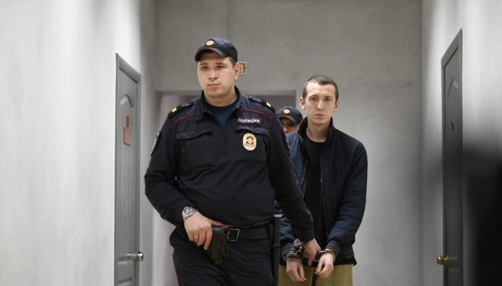 «Анализы сдавал не он сам»: готовы результаты экспертизы Васильева, устроившего ДТП на Малышева