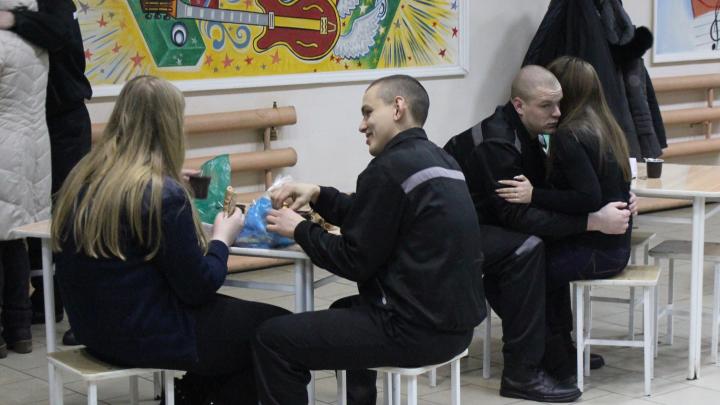 В омских колониях и СИЗО объявили карантин и с понедельника запретили свидания