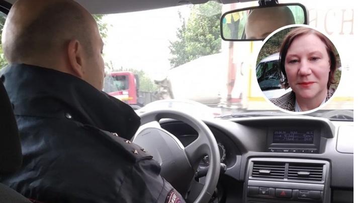 Православную активистку Оксану Иванову повезли в суд