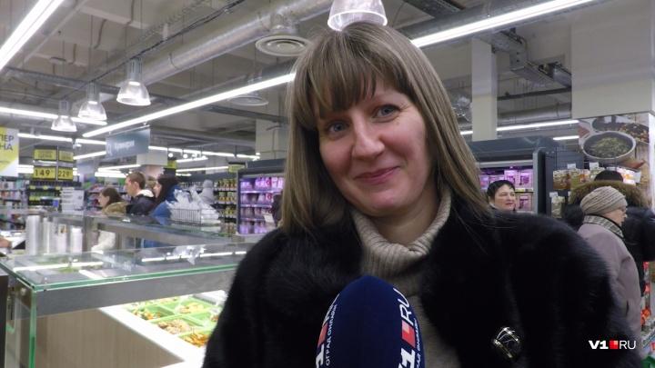«Очень больно и обидно»: в Волгограде накануне Нового года в магазинах взвинтили цены на яйцо