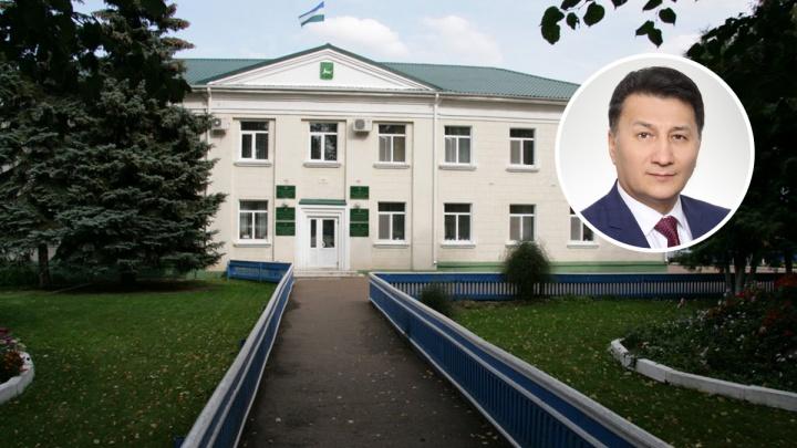 Глава Бураевского района — жителю: «Давай встретимся, как мужики. А то, как баба, пишешь, жалуешься»
