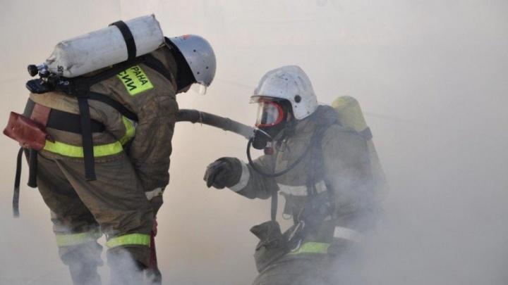 Крупный пожар в санатории «Увильды» на Южном Урале тушили полсотни человек