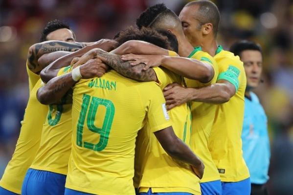 Бразильцы вышли из группы с победой