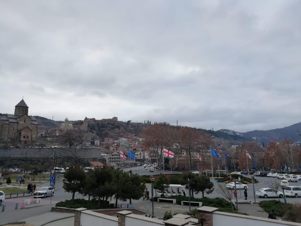 Вид на парк Рике в Тбилиси