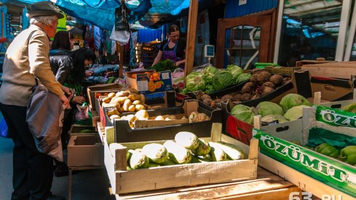 «Губернатор, спаси рынок!»: торговым рядам у ТЦ «Аврора» решили устроить апгрейд под угрозой сноса
