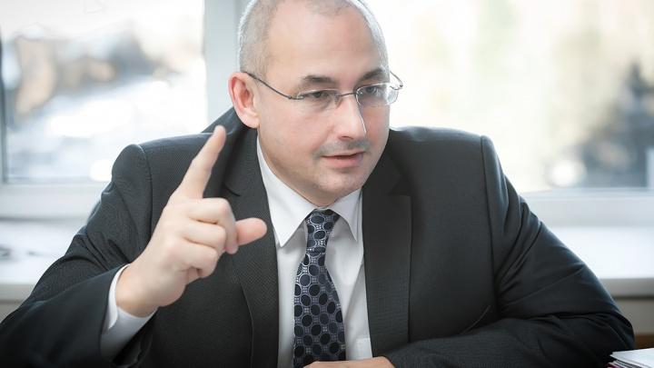 «Пусть зарабатывают»: министр образования рассказал, как избавиться от поборов в челябинских школах