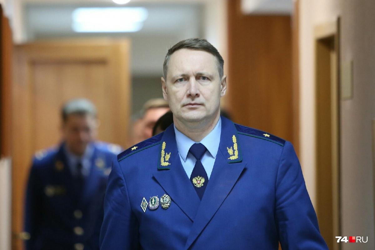 Виталий Лопин объявил об отмене постановления об отказе в возбуждении дела по поборам в школе № 13