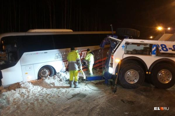 Водитель автобуса не пострадал