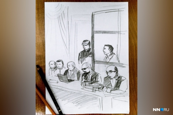 На первом открытом заседании по делу Сорокина Павел рисовал, сидя во втором ряду. Претензий к художнику ни у кого не возникло