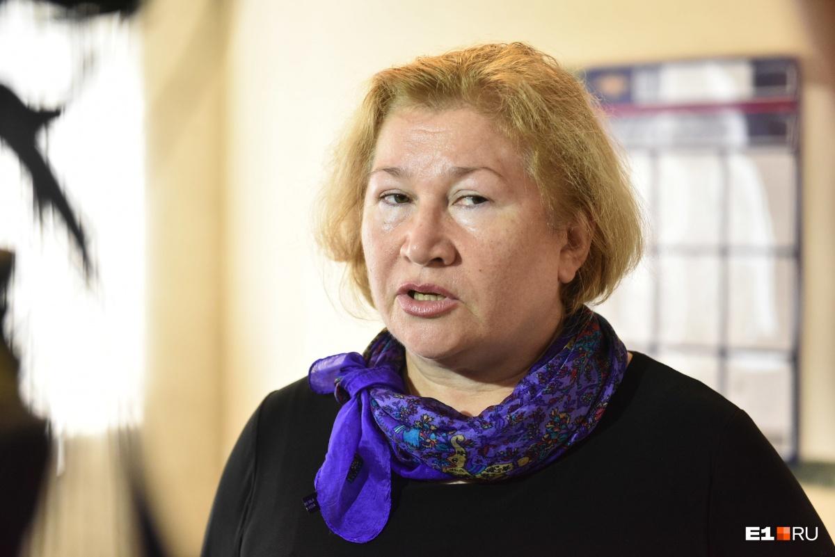 Мачеха погибшего в ДТП пассажира Любовь Алексеевна
