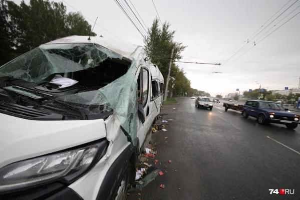 Авария произошла ночью 20 августа на улице Блюхера