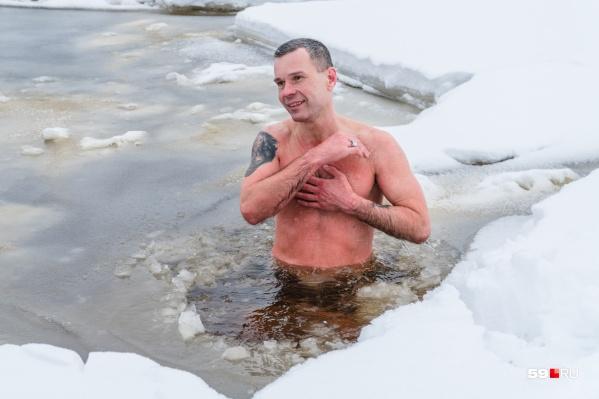 Олег Резанов увлекается холодовым экстримом. Его даже называют Повелитель холода