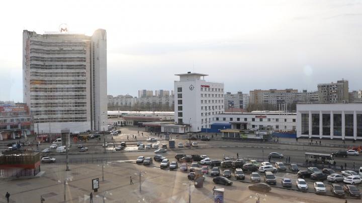 Прокуратура потребовала обеспечитьместа для инвалидов на платной парковке у Московского вокзала