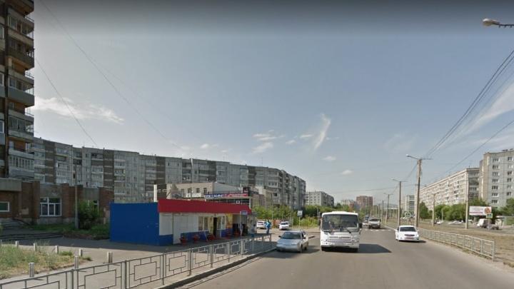 В Красноярске впервые установили камеру на пешеходном переходе