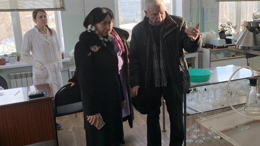 «Меняет цвет при нагревании»: Котова прокомментировала проблему мутной воды в домах челябинцев