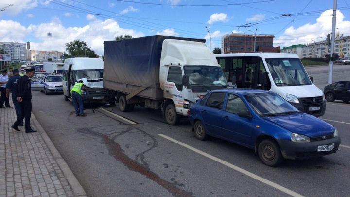 В Уфе перед судом предстанет водитель, по вине которого пострадали пассажиры маршрутки