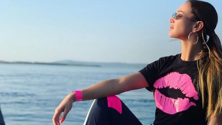 Встречали с балалайкой: поп-дива Ольга Бузова выложила видео из Самары