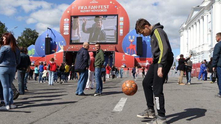 Наследие ЧМ-2018: в секции по футболу в Нижнем Новгороде приводят годовалых малышей