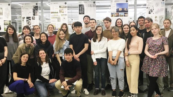 Тайские и американские студенты сняли фильм о советской архитектуре в Екатеринбурге
