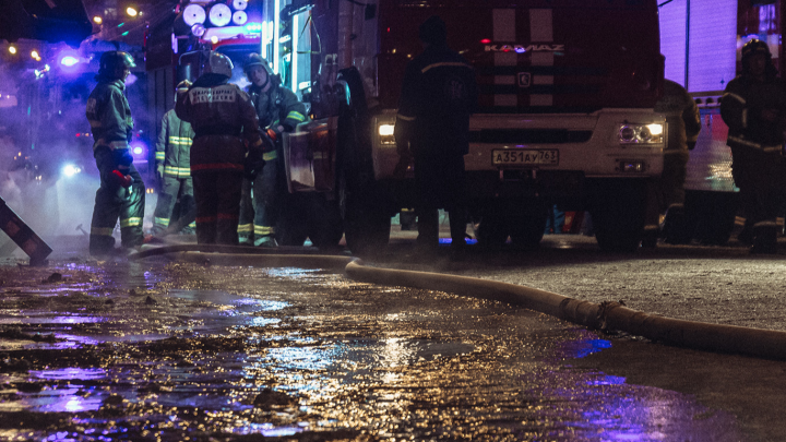 В Самарской области два человека погибли в ночном пожаре