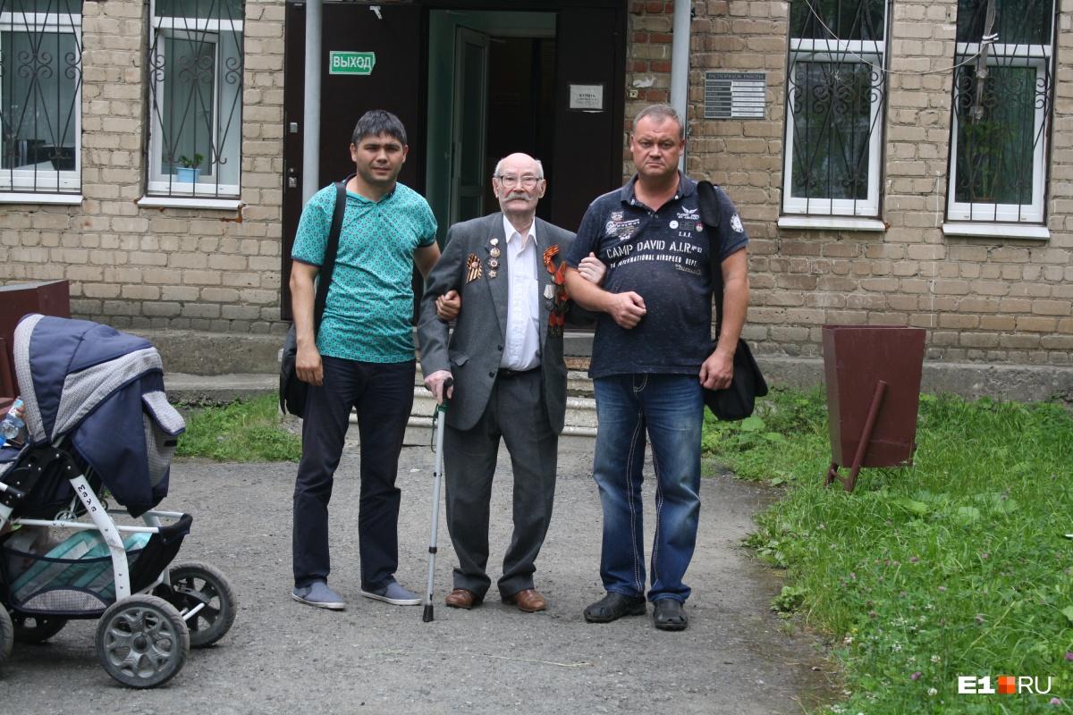 В Екатеринбурге внучка отсудила у фронтовика квартиру, подаренную ему Путиным