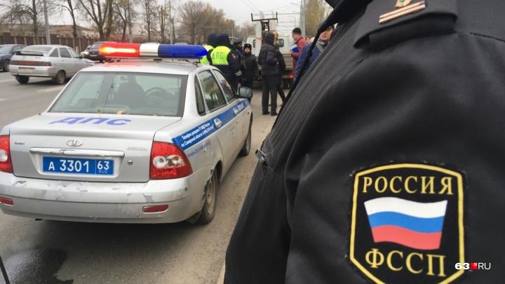 Техника на грани: самарские приставы собрали с водителей 10 миллионов рублей долгов на дорогах
