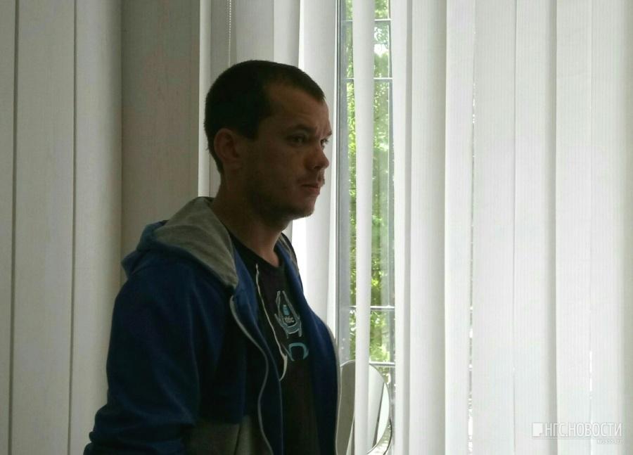 ВОмске таксист иего жертва, облитая зеленкой, помирились