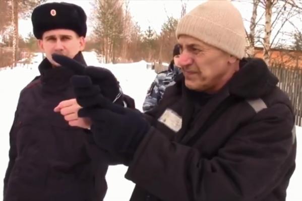 Один из мошенников показал следователям места, где были спрятаны тела убитых владельцев квартир