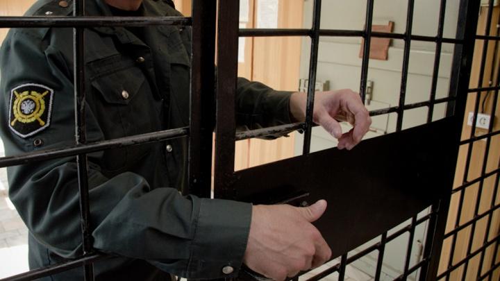 Суд отправил в колонию жителя Омска за обман новосибирца