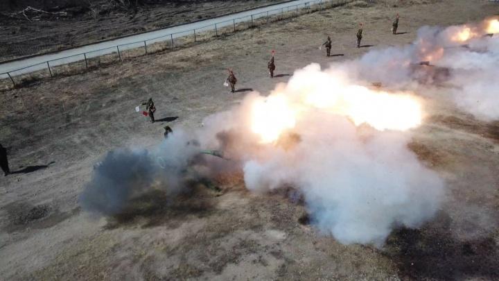 Военные предупредили о громкой стрельбе на пляже и возле «Ауры»