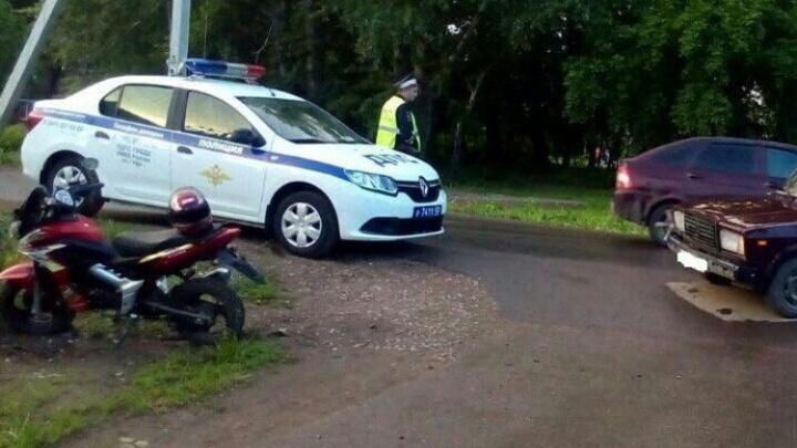 В Уфе в аварии пострадал 13-летний водитель мопеда