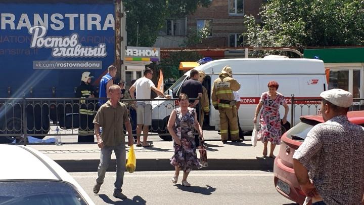 В Первомайском районе Ростова грузовик насмерть сбил пешехода