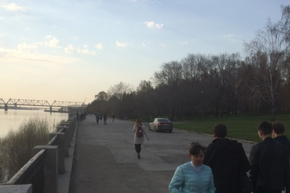 Очередного водителя, решившего проехаться по Михайловской набережной, заметили вечером 4 мая