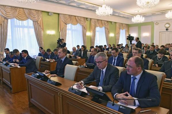 Радий Хабиров резво начал свою деятельность и высказался с критикой в адрес чиновников