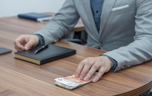 В Уфе директор заправки задолжал сотрудникам более 4 миллионов рублей зарплаты
