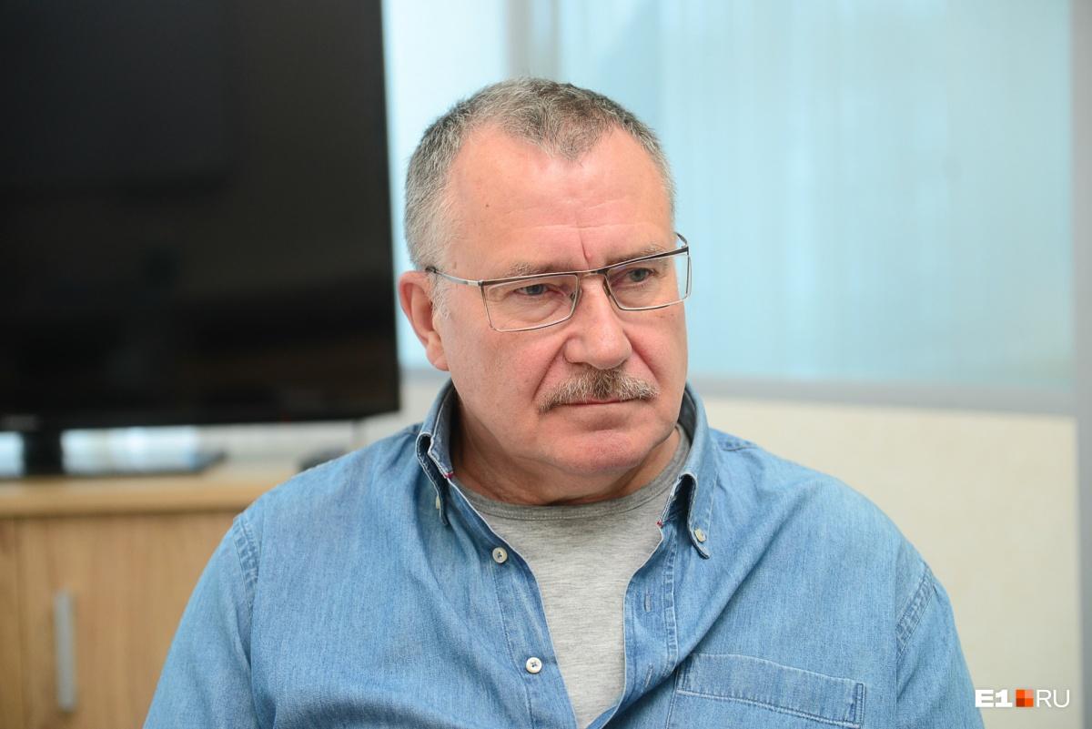 После возвращения из Чернобыля Сергей Трофимов тоже оказался в той самой больнице №6. «Там все так, как показано в сериале», — вспоминает он