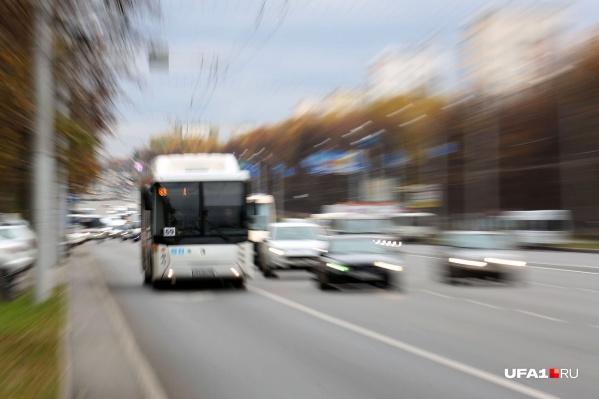 Автобусы поедут по объездным маршрутам