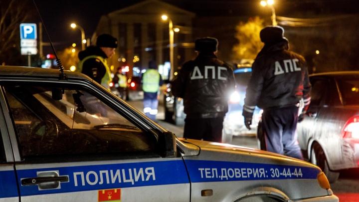 Только тюрьма: Волгоградский областной суд освободил гаишников-взяточников от штрафов