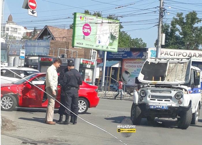 Авария произошла днём 29 июня в Октябрьском районе