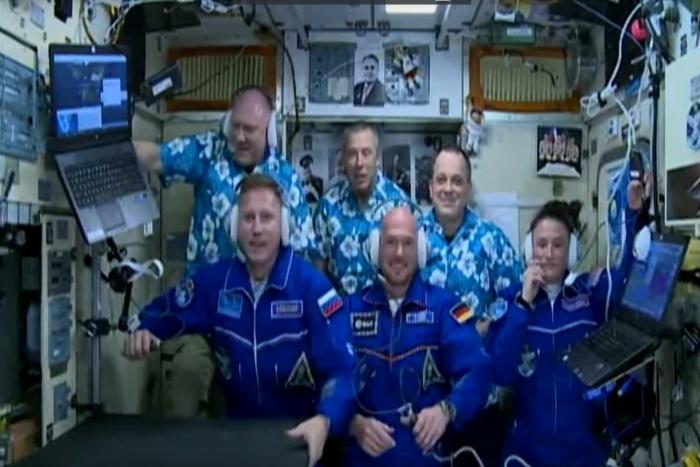 Экипаж будет работать на орбите 187 суток