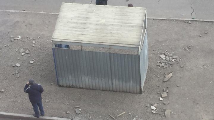 На Чернышевского установили старые остановочные павильоны под видом новых