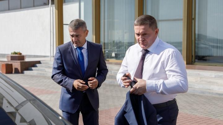 «Коротко и по-деловому»: Андрей Бочаров вступил в должность волгоградского губернатора