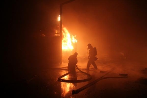 Пожар полностью ликвидировали рано утром
