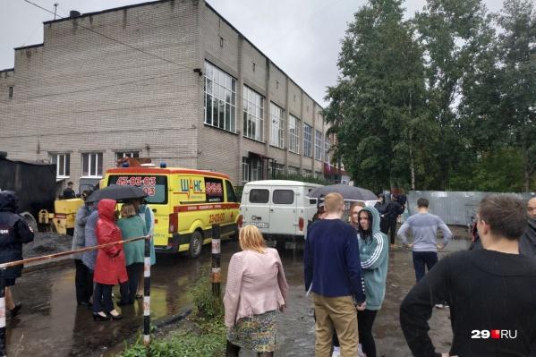 В Архангельске эвакуировали политехнический техникум, расположенный по адресу Обводный канал, 2
