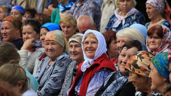 Фоторепортаж: северянам показали отреставрированный Почезерский погост