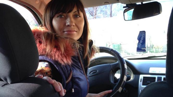 Таможня требует от батайчанки 610 тысяч рублей за машину, которую угнали три года назад