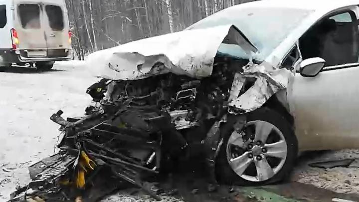 Водитель фуры ответит в суде за аварию на трассе М-5 на Урале с пятью машинами и погибшим пассажиром