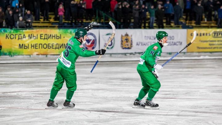 В Архангельске «Водник» обыграл казанское «Динамо» с разгромным счётом 9:2